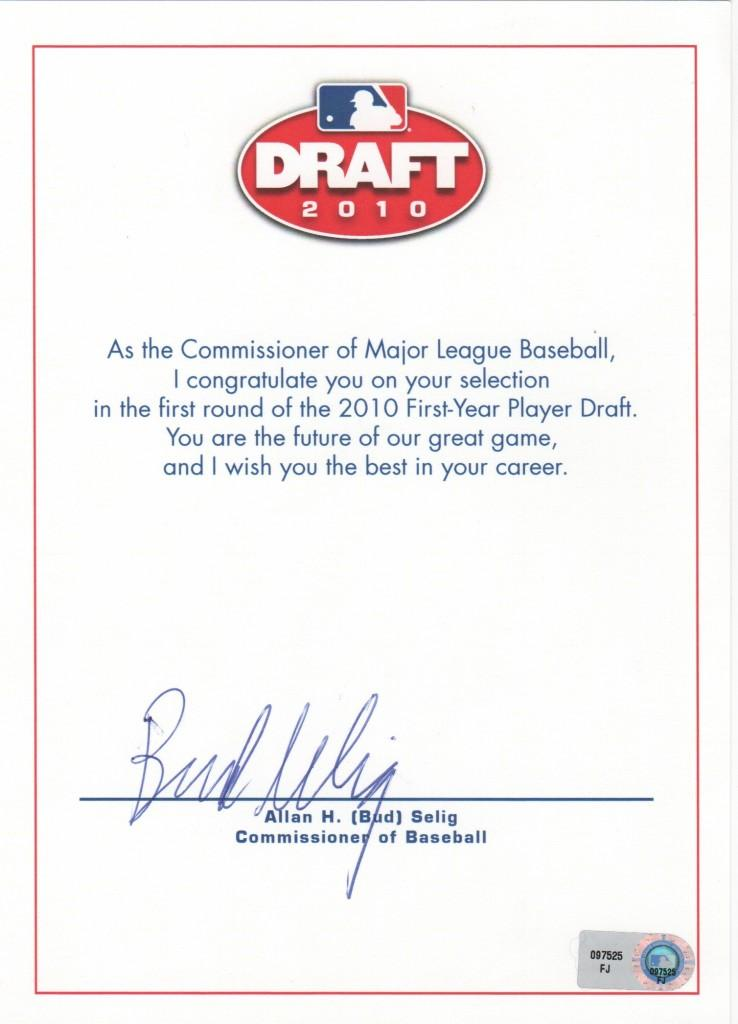 Commissioner Selig congratulated first-round pick of the 2010 draft with this note card