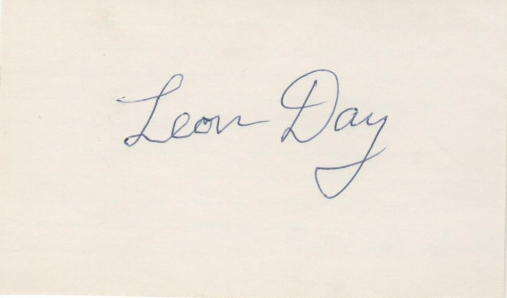 Leon Day autographed 3x5 index card