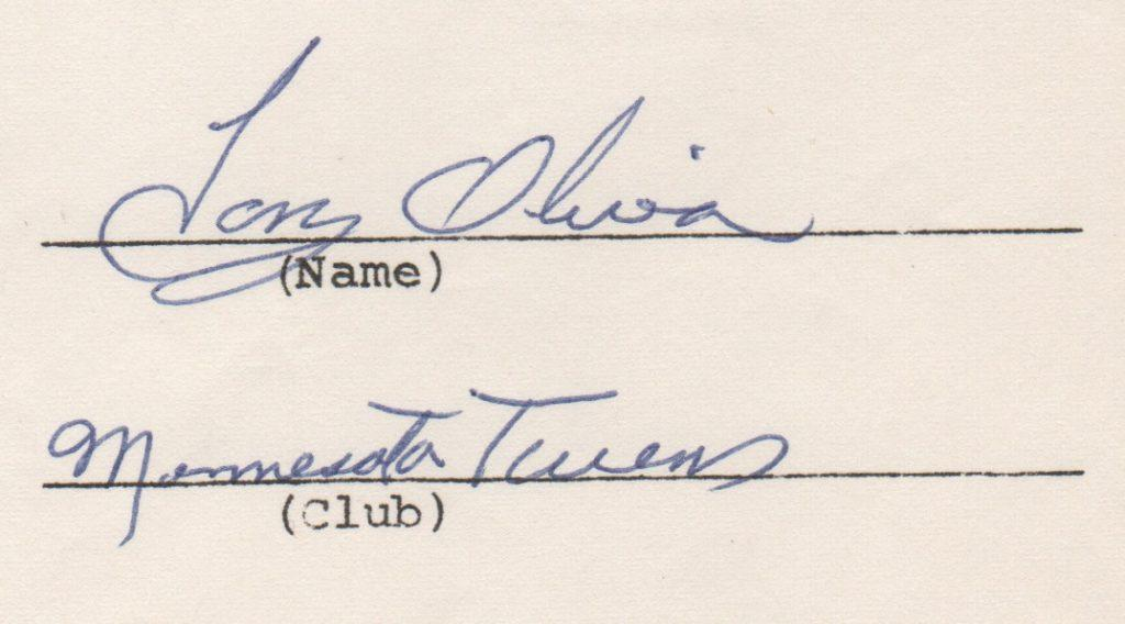 Closeup of 1973 Tony Oliva signature on endorsement questionnaire from MLBPA